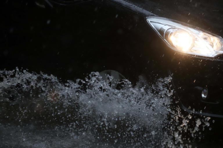 Καιρός: Προβλήματα στην κυκλοφορία των οχημάτων στην Αττική – Ποιοι δρόμοι είναι κλειστοί   tlife.gr