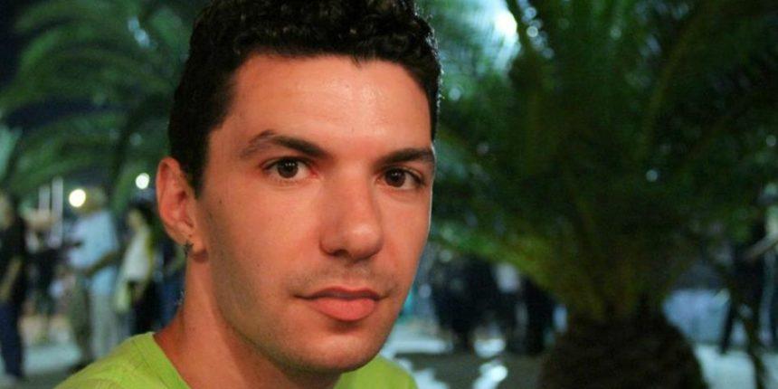 Ζακ Κωστόπουλος: Το κείμενο της Έλενας Ακρίτα για το θάνατό του… | tlife.gr