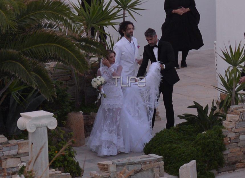 Αθηνά Οικονομάκου – Φίλιππος Μιχόπουλος: Ο ονειρικός γάμος τους στην Μύκονο και οι διάσημοι καλεσμένοι! Φωτογραφίες   tlife.gr