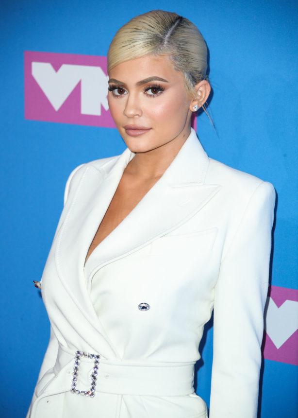 Η Kylie Jenner ετοιμάζει σειρά skincare; | tlife.gr