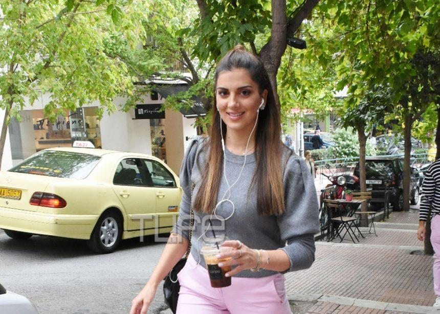 Σταματίνα Τσιμτσιλή: Οι βόλτες στο Κολωνάκι και η άψογη σιλουέτα της έξι μήνες μετά τη γέννηση του γιου της [pics] | tlife.gr