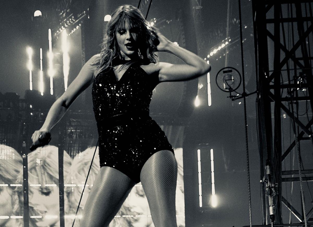 Taylor Swift: Προκάλεσε κύμα σχολίων στα μέσα κοινωνικής δικτύωσης με τις δηλώσεις της περί πολιτικής | tlife.gr