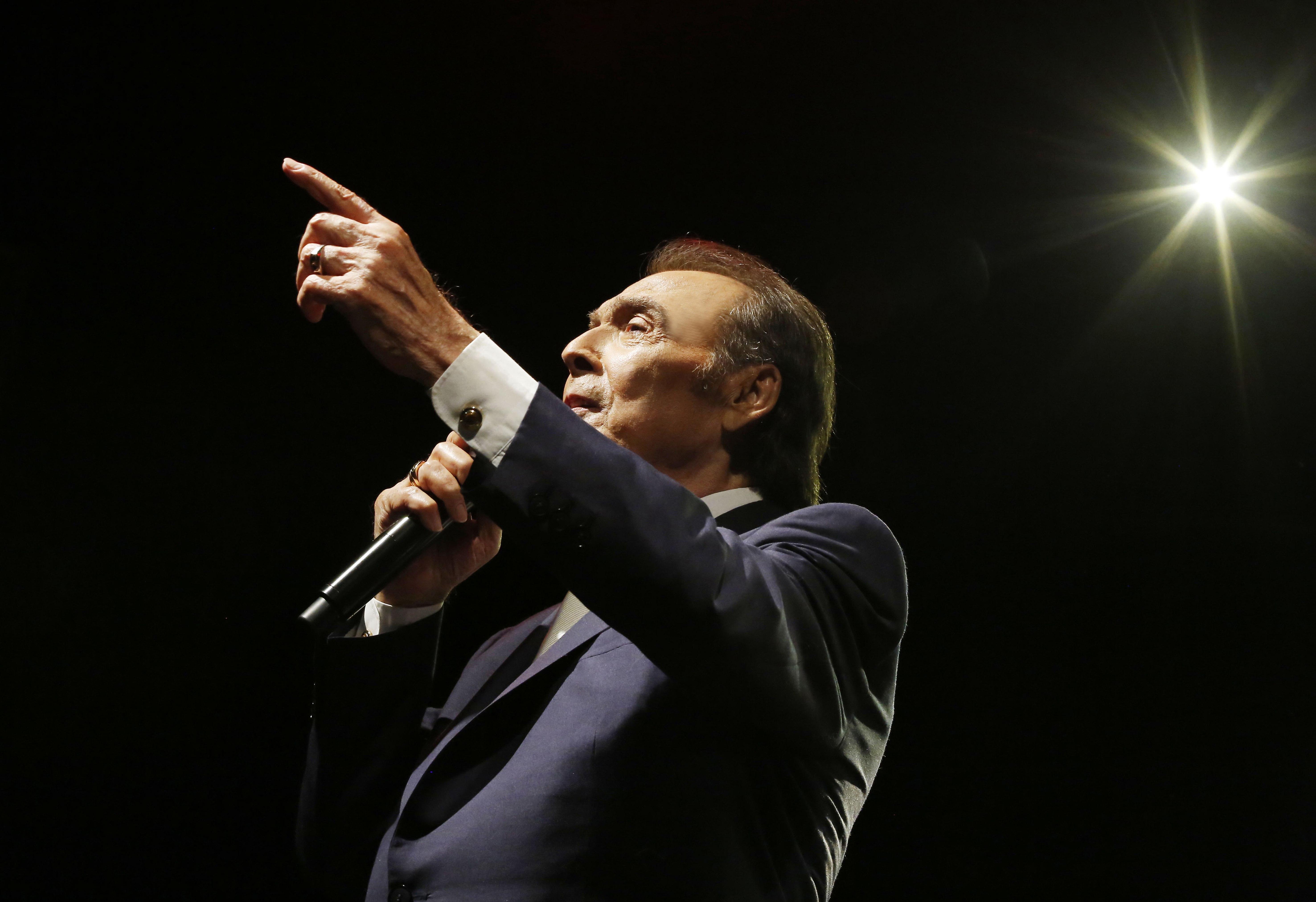 Τόλης Βοσκόπουλος: Πότε θα πραγματοποιηθεί  η συναυλία του στο Ηρώδειο μετά την αναβολή λόγω κακοκαιρίας | tlife.gr