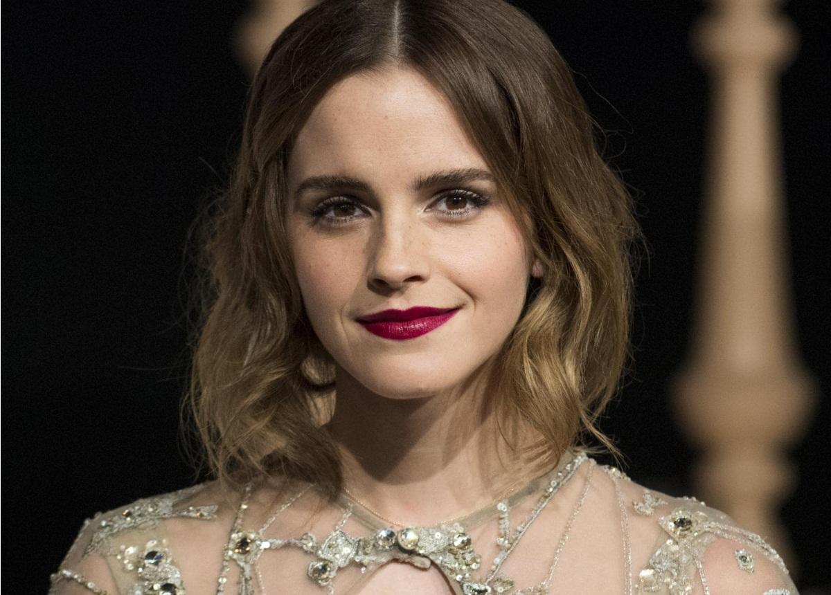 Emma Watson: Τρυφερά φιλιά με νέο γοητευτικό άντρα μετά τον χωρισμό της! [pics]   tlife.gr