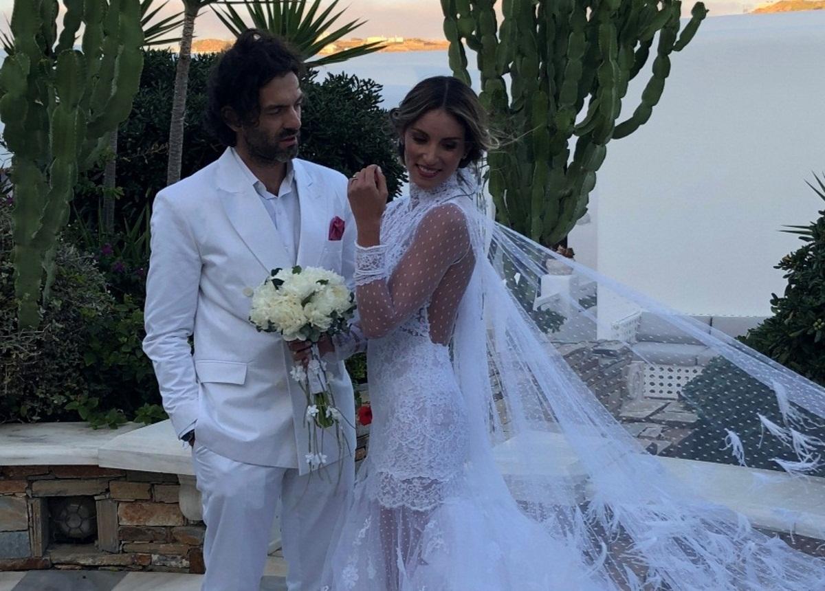 Αθηνά Οικονομάκου – Φίλιππος Μιχόπουλος: Ποζάρουν για το φωτογραφικό άλμπουμ του γάμου τους! Φωτογραφίες | tlife.gr