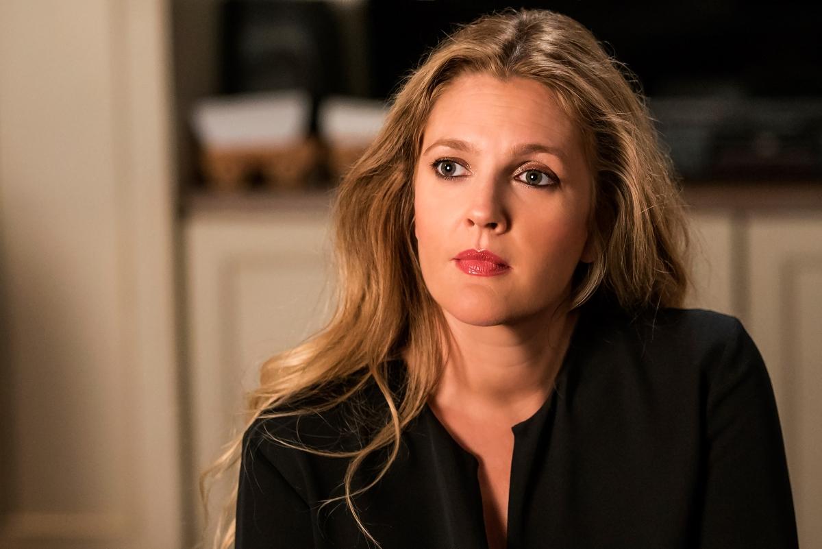Drew Barrymore: Επιτέλους δικαιώθηκε! Το περιοδικό της EgyptAir της ζήτησε συγγνώμη για το «σουρεαλιστικό» άρθρο του   tlife.gr