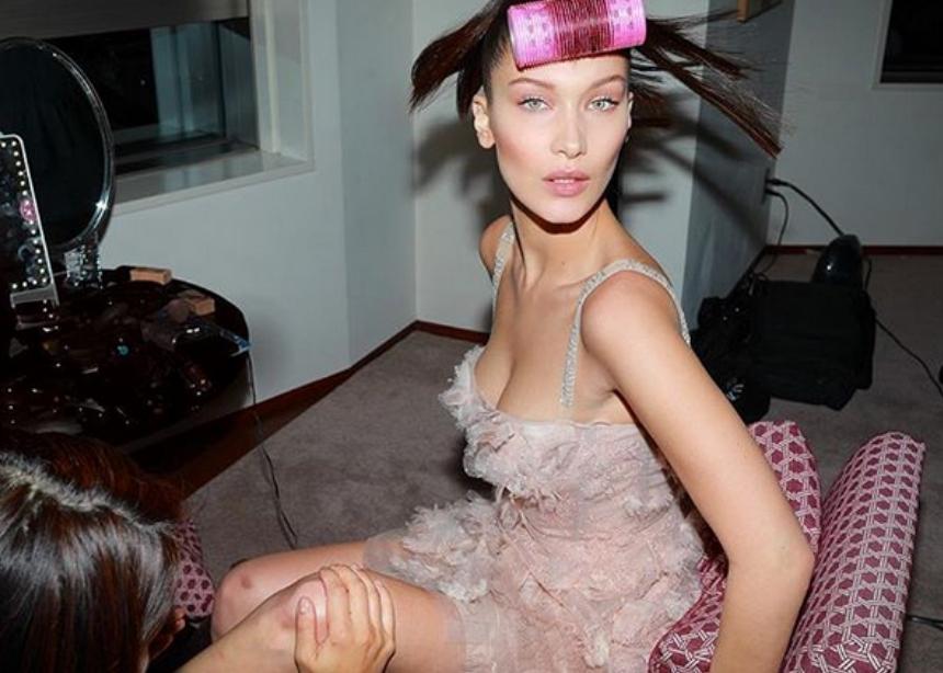 H Bella Hadid έκανε beauty cocooning με αυτά τα τέσσερα προϊόντα! | tlife.gr