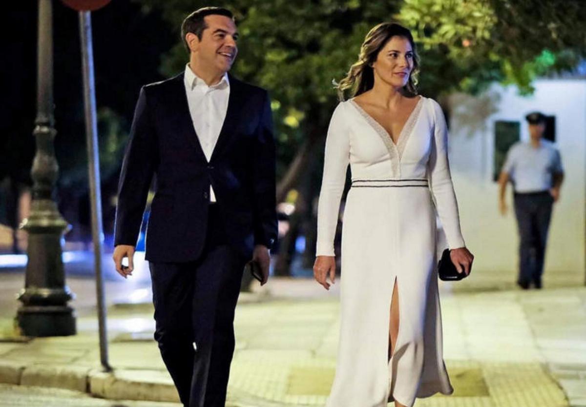 Τσίπρας – Μπαζιάνα, ένα βράδυ στην Ηρώδου Αττικού – Το φόρεμα με το εντυπωσιακό σκίσιμο και τα χαμόγελα στο instagram   tlife.gr