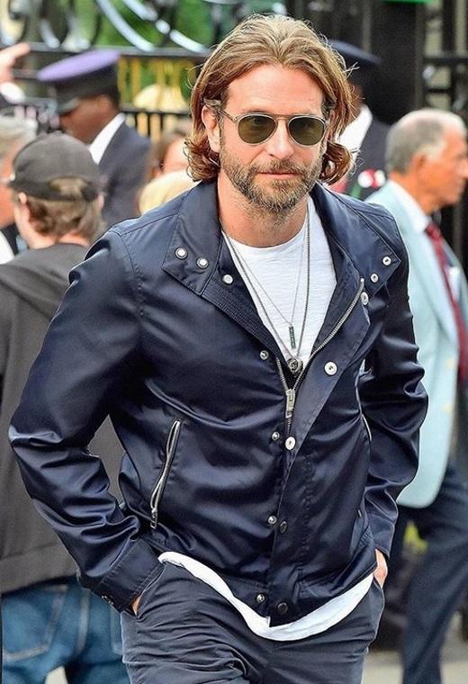Bradley Cooper | tlife.gr