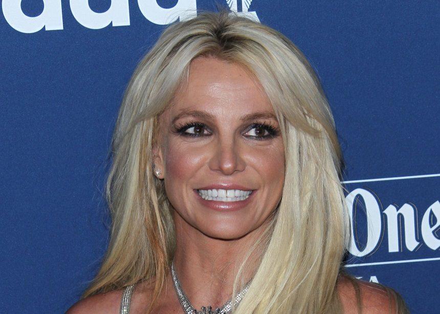 Britney Spears: Η pop diva πουλά την έπαυλή της και εμείς μπορούμε να δούμε πώς μοιάζει! | tlife.gr