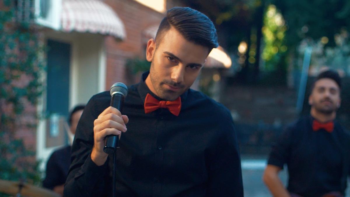 Οι Monimas μας συστήνονται με το πρώτο τους single με την υπογραφή του Βασίλη Καρρά – Video | tlife.gr