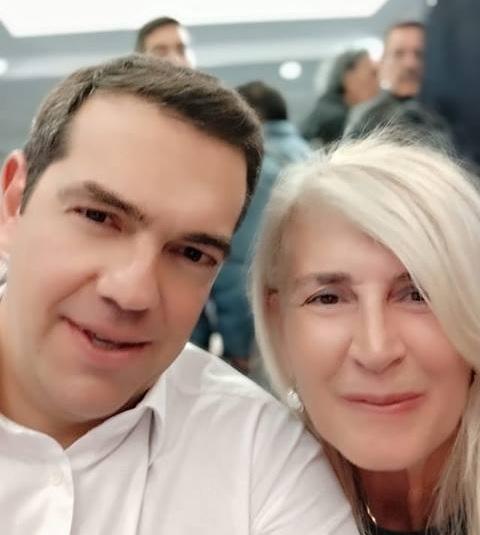 Ελένη Αυλωνίτου: Προκάλεσε «χαμό» με την… ρετουσαρισμένη φωτογραφία με τον Αλέξη Τσίπρα | tlife.gr