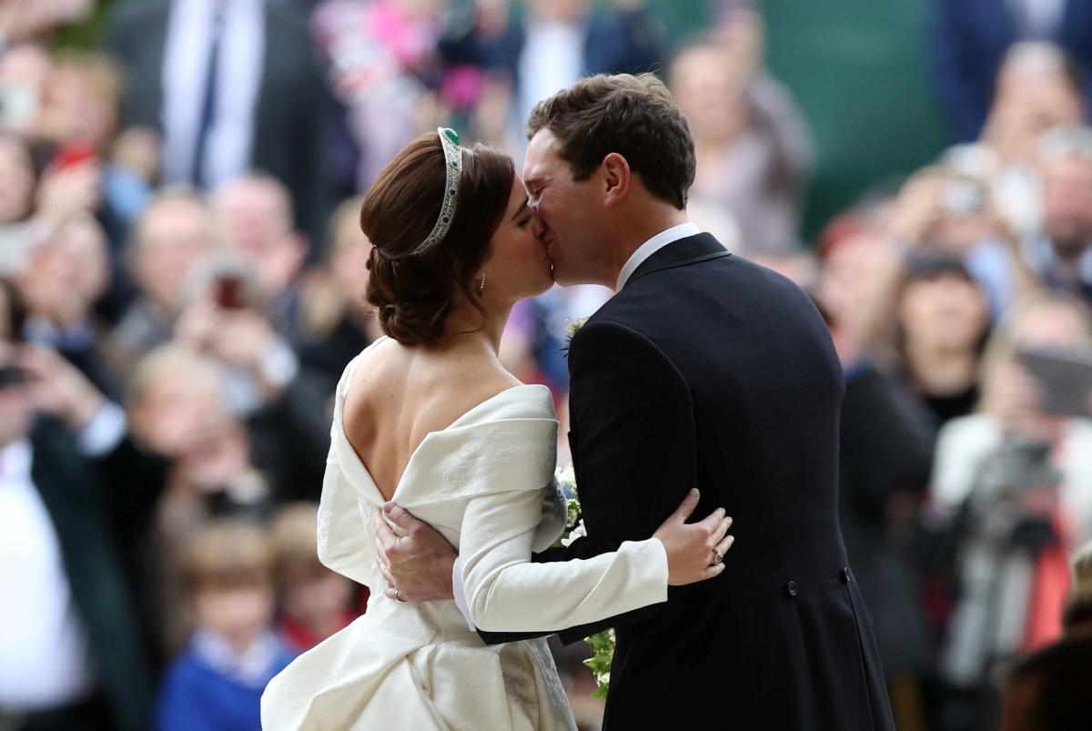 Παραμυθένιος γάμος για την πριγκίπισσα Ευγενία στο παλάτι του Windsor! [pics]   tlife.gr