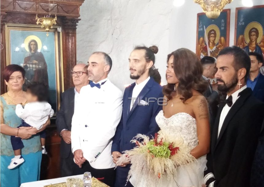 Shaya: Το άλμπουμ του γάμου της με τον Θοδωρή Παπαντώνη και η βάφτιση του γιου τους! [pics]   tlife.gr