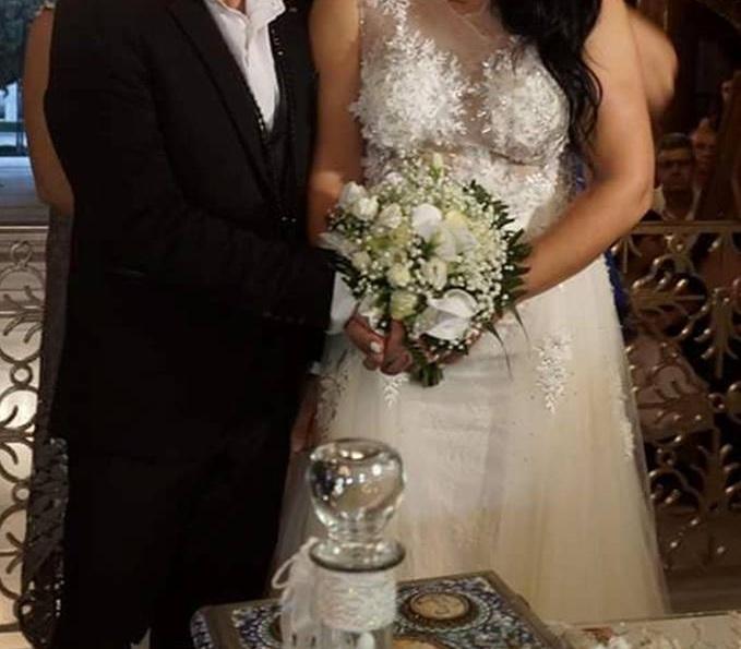 Μετά τα δύσκολα, γάμος για τον γνωστό τραγουδιστή! Παντρεύτηκε την αγαπημένη του στη Ρόδο! [pics] | tlife.gr