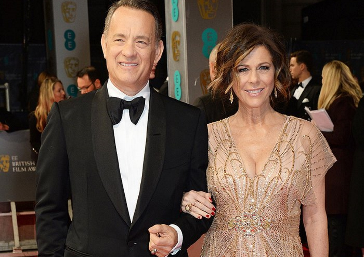 Γαϊτανάκι παρεξηγήσεων με δημοσιεύματα για «δωρεά» και η «βράβευση» του Tom Hanks! Η επίσημη απάντηση του Σταύρος Νιάρχος | tlife.gr