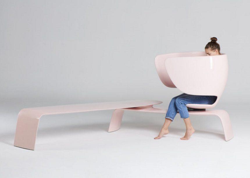 Heer: Η νέα stylish πολυθρόνα που προάγει τον δημόσιο θηλασμό με το εργονομικό design της | tlife.gr