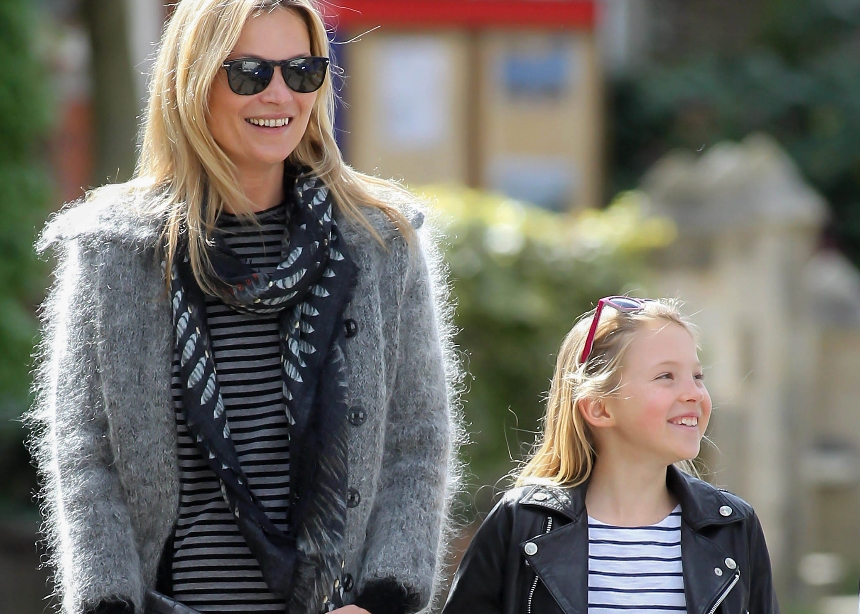Η κόρη της Kate Moss έγινε 16 και μόλις υπέγραψε το πρώτο της beauty συμβόλαιο! | tlife.gr