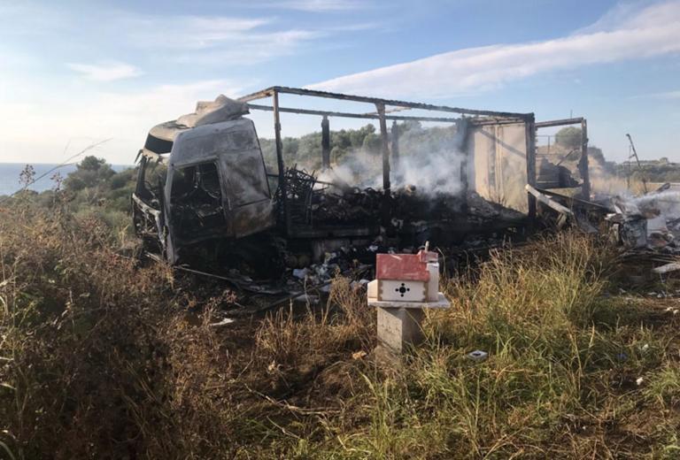 Καβάλα: Ασύλληπτη τραγωδία με 11 νεκρούς σε τροχαίο δυστύχημα – Εικόνες σοκ στο σημείο – Δάκρυσαν οι διασώστες [pics] | tlife.gr