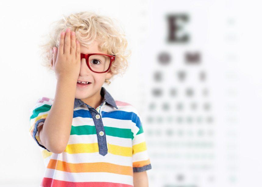 Παιδικά γυαλιά οράσεως: Πώς να τα αποφύγεις με τα πιο εύκολα και σημαντικά tips | tlife.gr
