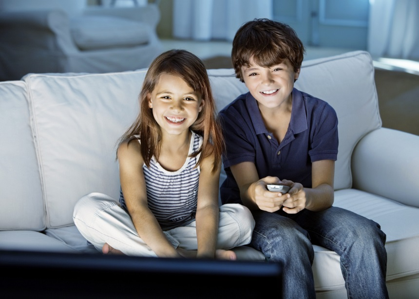 Πόση ώρα μπορεί το παιδί να βλέπει τηλεόραση; Έρευνα δίνει καθοριστικές απαντήσεις | tlife.gr