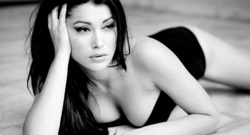 Κλέλια Ρένεση: Οι σέξι φωτογραφίες της ηθοποιού που… αναστάτωσε τη Μουρμούρα! [pics] | tlife.gr