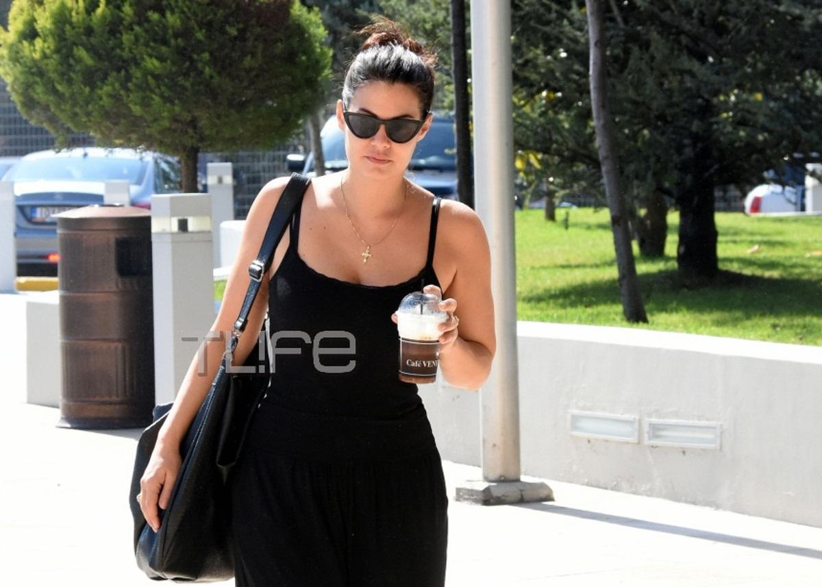 Μαρία Κορινθίου: Η μεταμόρφωσή της σε Αλίκη Βουγιουκλάκη και οι βόλτες στα μαγαζιά! [pics]   tlife.gr