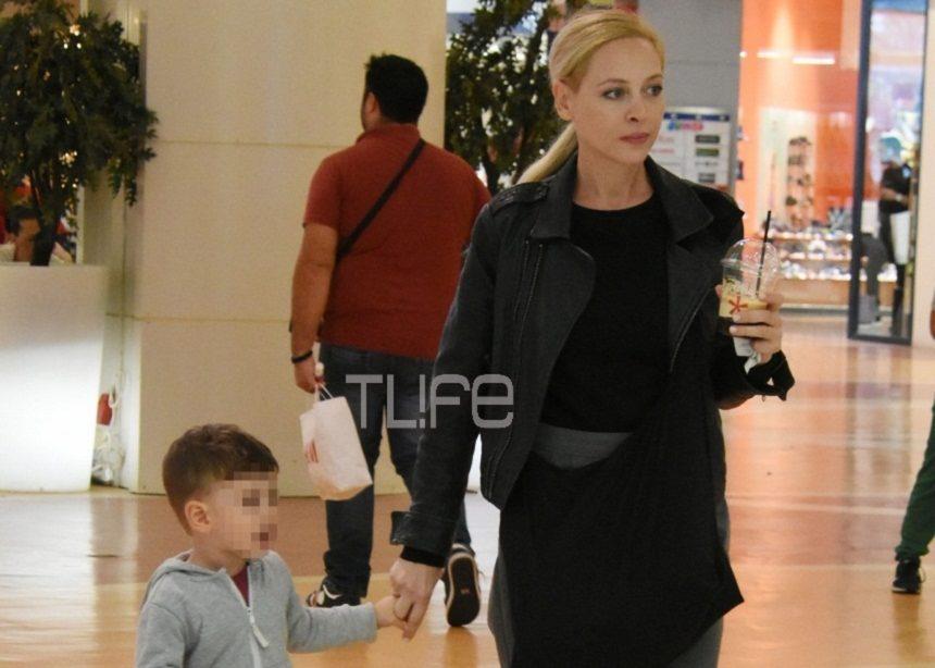 Φαίη Ξυλά: Βόλτες με τον γιο της, Πάρη στα βόρεια προάστια! [pics] | tlife.gr