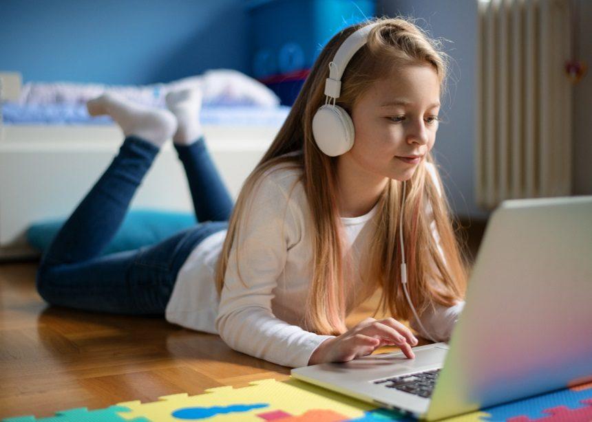 Little hackers: Πώς να μην πέσεις θύμα χακαρίσματος από τα παιδιά σου | tlife.gr