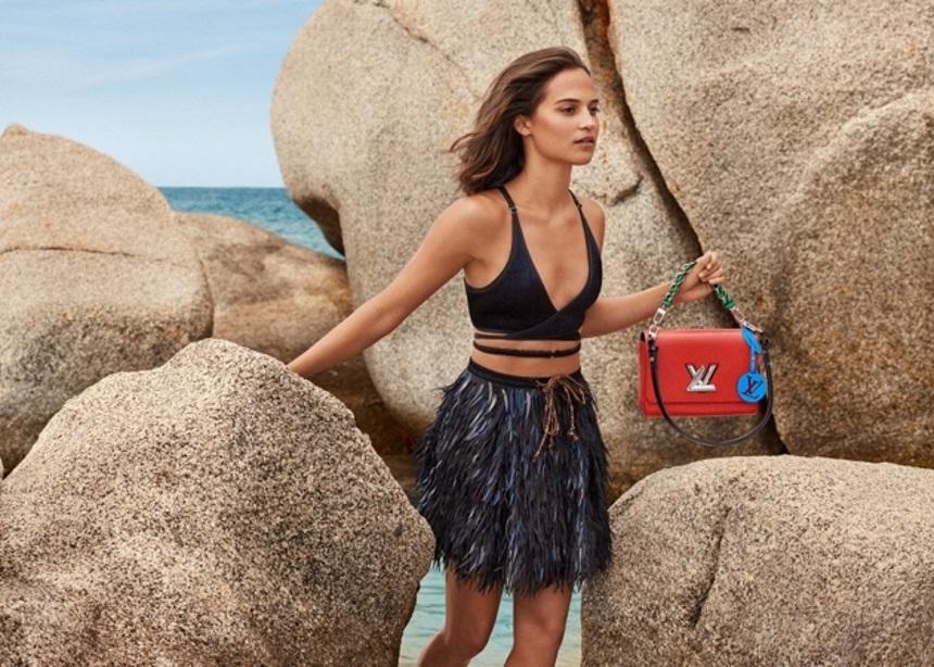 Η νέα καμπάνια του Louis Vuitton με τις must-have τσάντες, τα φουτουριστικά sneakers και τα embellished ρούχα