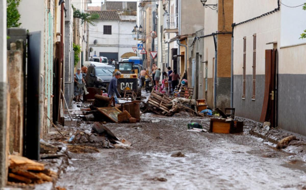 Τουλάχιστον 10 νεκροί και ένα παιδί αγνοούμενο από τις καταστροφικές πλημμύρες στην Μαγιόρκα   tlife.gr