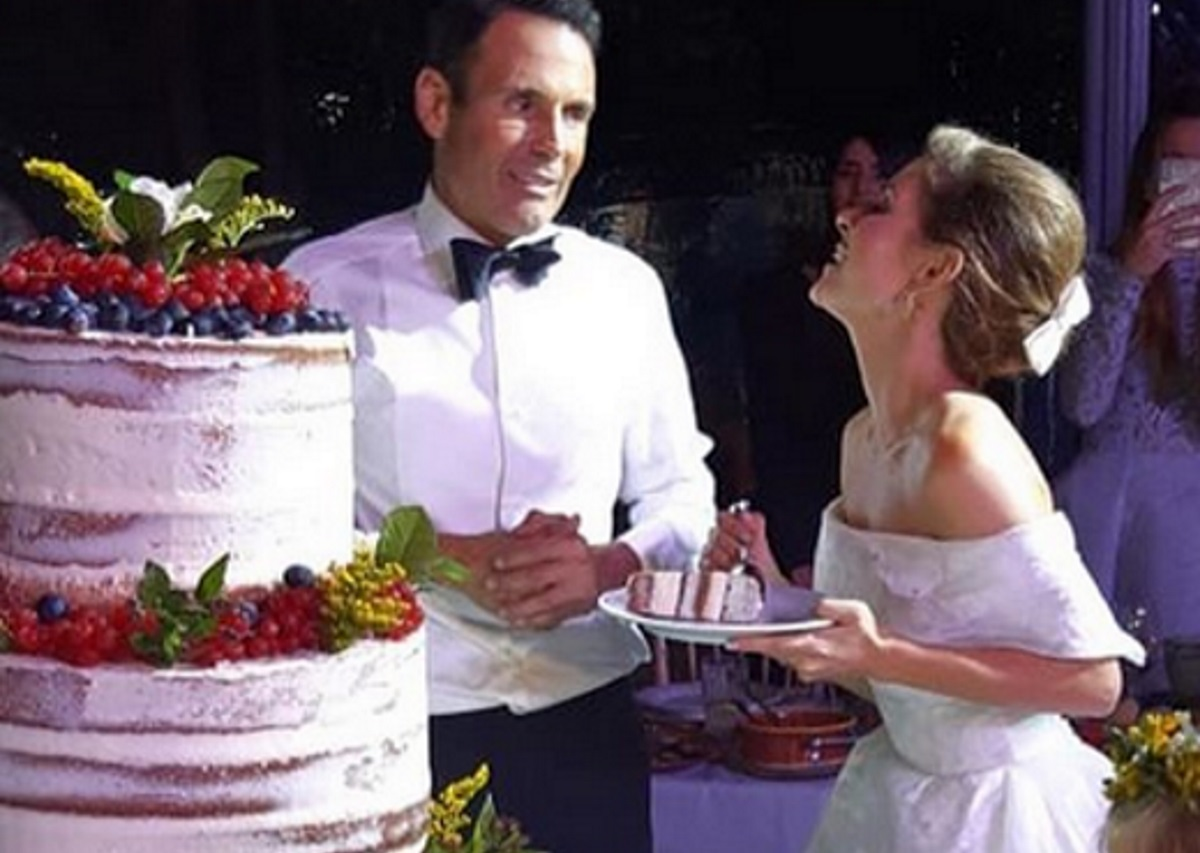 Μαρία Μενούνος – Kevin Undergaro: Από τον παραδοσιακό γάμο στο Άκοβο για μήνα του μέλιτος στην Ιταλία