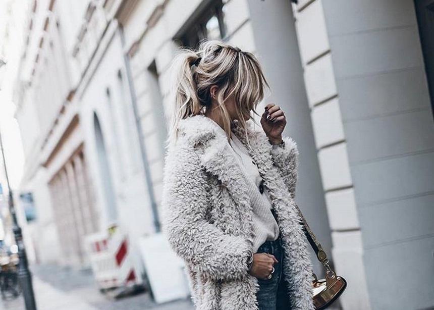 "Jacqueline Mikuta: Η αγαπημένη μας influencer φοράει το must – have sneaker ""CLIFF"" | tlife.gr"