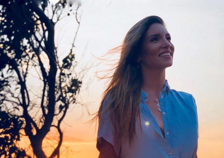 Αθηνά Οικονομάκου: Είναι ήδη στην Μύκονο! Οι τελευταίες γαμήλιες προετοιμασίες [pic,video] | tlife.gr