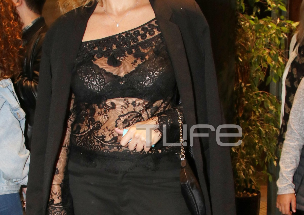 Ποια ελληνίδα celebrity έκανε αυτή τη sexy εμφάνιση; [pics] | tlife.gr