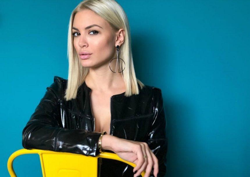 Αλεξάνδρα Παναγιώταρου: Γυμνάζεται και μας δείχνει τις sexy αναλογίες της [pic]   tlife.gr