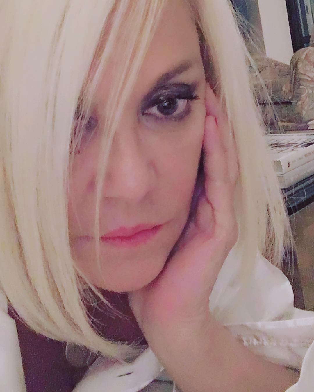 Ρούλα Κορομηλά: Πιο αδύνατη από ποτέ στη Χαλκίδα για χάρη του αγαπημένου της φίλου! [pics,vid] | tlife.gr