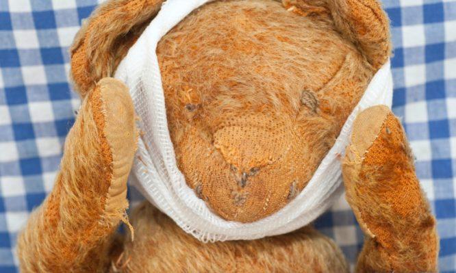 Χειρουργός έκανε επέμβαση σε λούτρινο αρκουδάκι για χάρη 8χρονου και… τρέλανε το twitter | tlife.gr