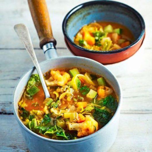 Σούπα με λαχανικά του αγρού | tlife.gr