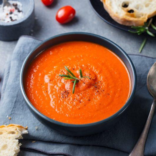 Βελουτέ σούπα με καρότο και ντομάτα   tlife.gr