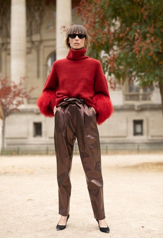 Παρίσι με μεταλλικό παντελόνι | tlife.gr