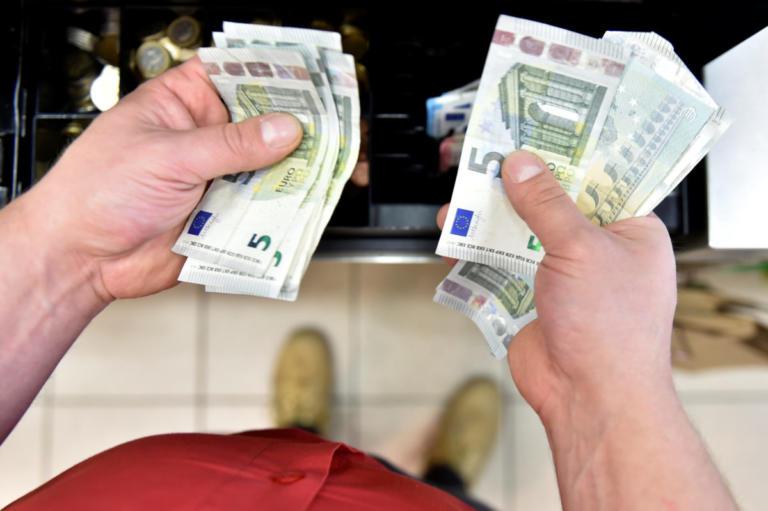 Γενναίες διαγραφές δανείων από τις τράπεζες – Κούρεμα έως και 50% στα στεγαστικά και 85% στα καταναλωτικά | tlife.gr