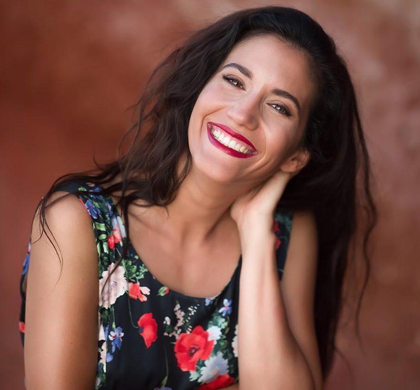 Θύμα διαδικτυακής απάτης η Ελένη Βαΐτσου: Η δημόσια παράκληση της ηθοποιού | tlife.gr