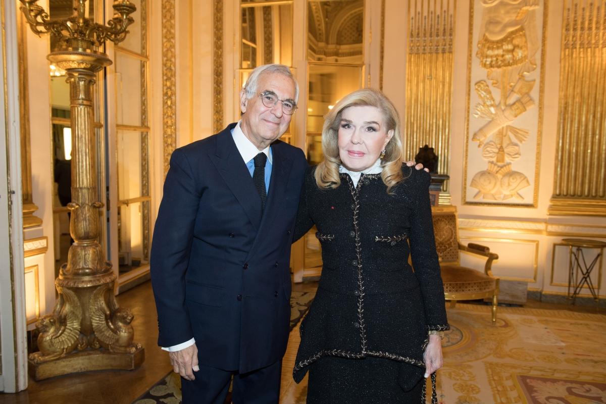 Μαριάννα Βαρδινογιάννη: Στο Παρίσι για τη βράβευση του συγγραφέα  Metin Arditi!   tlife.gr