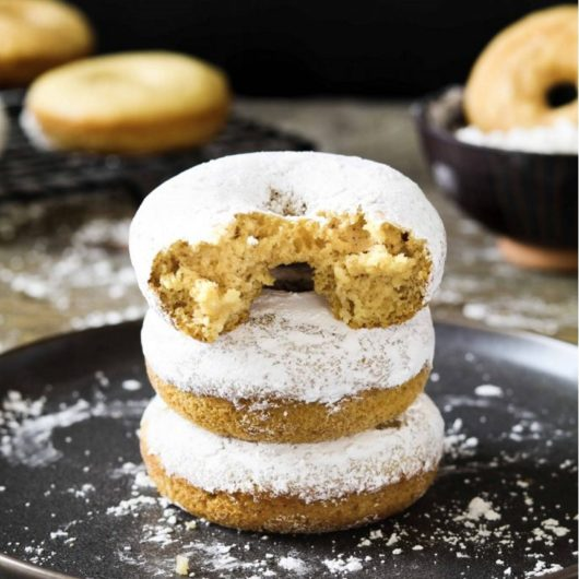Ντόνατ στο φούρνο με ζάχαρη άχνη | tlife.gr