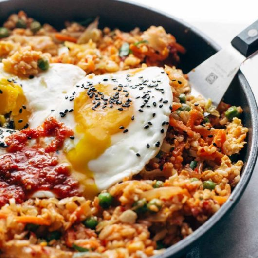 Κορεάτικο τηγανιτό ρύζι με αυγά | tlife.gr