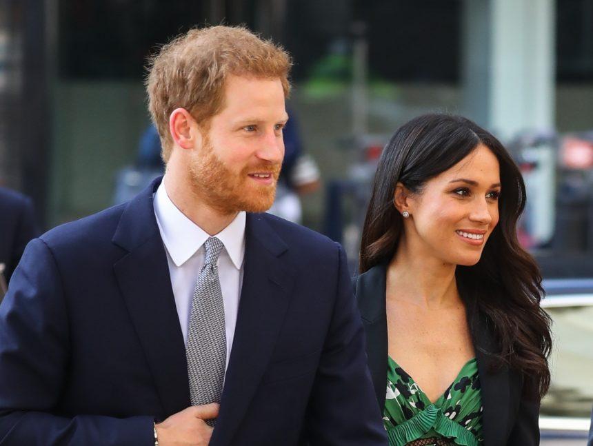 Ο πρίγκιπας Harry συνάντησε τους Αβορίγινες και η Meghan Markle δεν πήγε μαζί του | tlife.gr