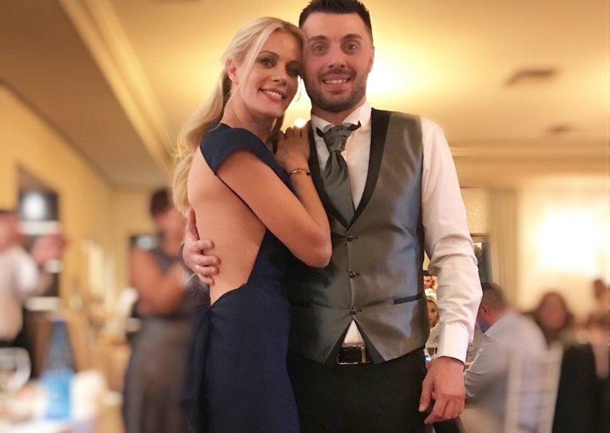 Ζέτα Μακρυπούλια: Πάντρεψε τον αδερφό της, με τον Μιχάλη Χατζηγιάννη στο πλευρό της [pics,video] | tlife.gr