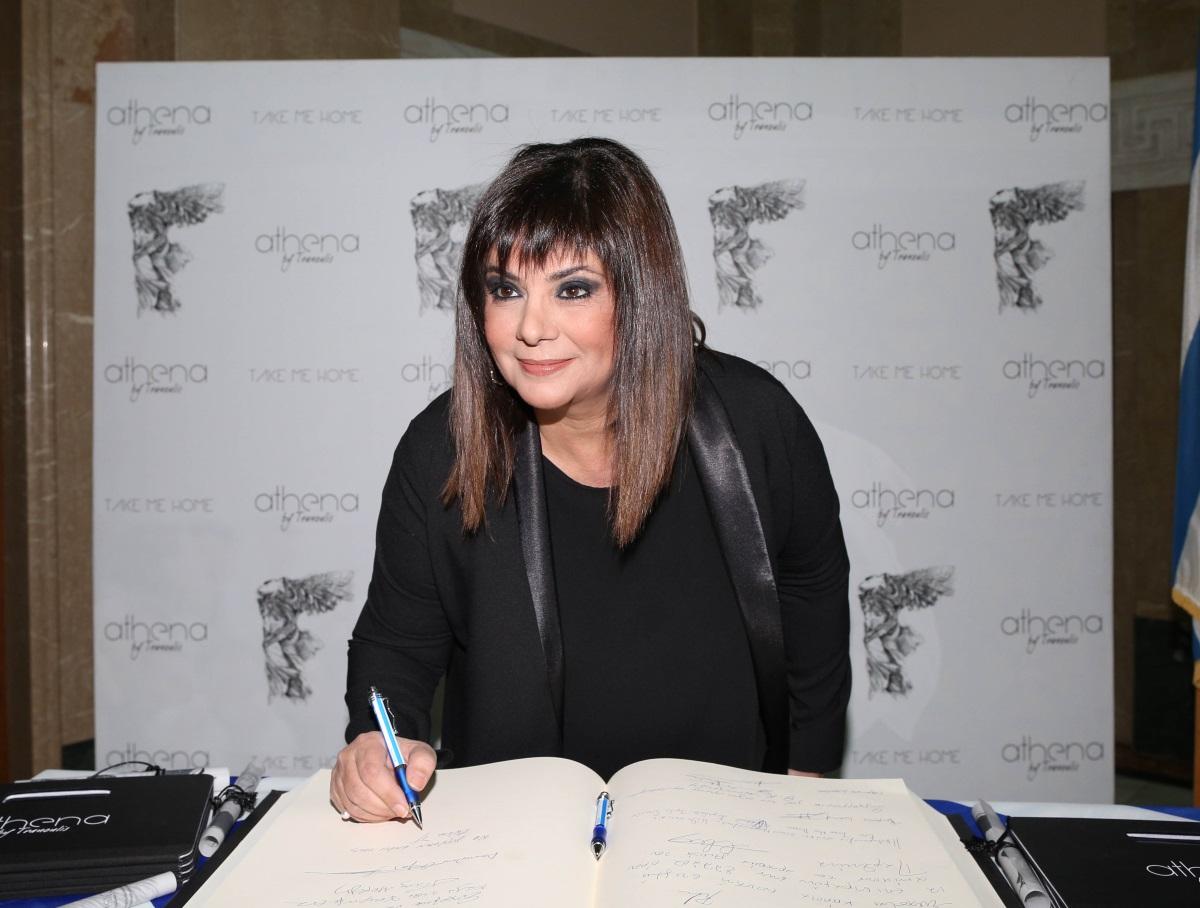Τροχαίο ατύχημα για την Βάσια Παναγοπούλου! Όλα όσα περιγράφει η γνωστή ηθοποιός – Video | tlife.gr