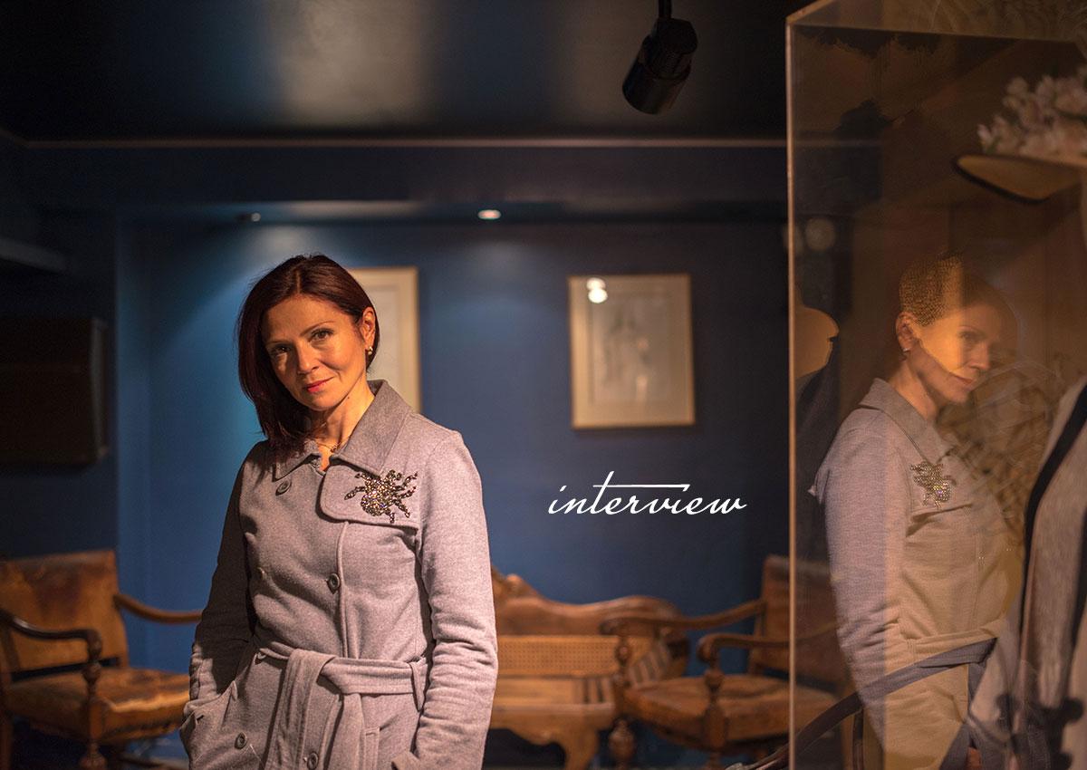 Ταμίλα Κoυλίεβα στο TLIFE: Η επιστροφή στην τηλεόραση, ο τρόπος που προστατεύει τον εαυτό της και η ανησυχία για τη νέα γενιά!